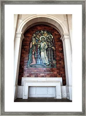 Jesus Consola As Filhas De Jerusalem Framed Print