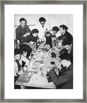 Jews Taking A Dentistry Course Framed Print by Underwood Archives