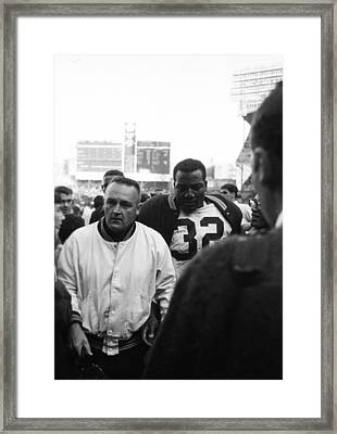 Jim Brown The Great Leaving The Field Framed Print by Retro Images Archive