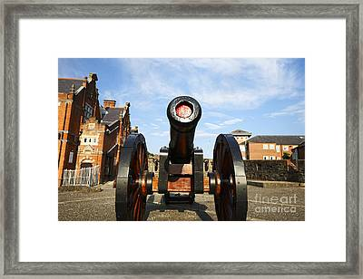 Joe Fox Fine Art - Roaring Meg Cannon On The Mall Wall Bastion Derrys Walls Ireland Framed Print