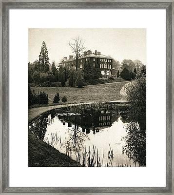 John Lubbock High Elms Home Nr Darwin Framed Print by Paul D Stewart