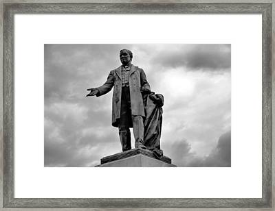 John W Thomas Statue Framed Print by Dan Sproul