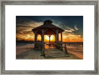 Framed Print featuring the photograph Jones Beach Sunset On Long Island New York by Linda Karlin
