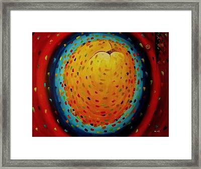 Juego De Colores Framed Print