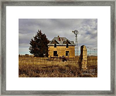 Framed Print featuring the photograph Kansas Castle 1 by Lynne Wright