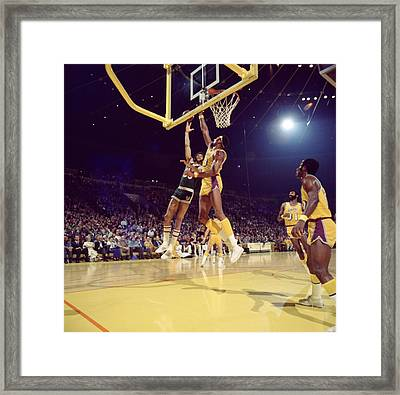 Kareem Abdul Jabbar Hook Framed Print by Retro Images Archive
