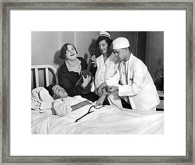 Kate Smith Ether Substitute Framed Print by Underwood Archives
