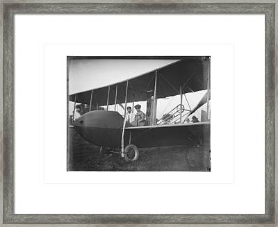 Katharine And Orville Wright In 1915 Framed Print by MMG Archives