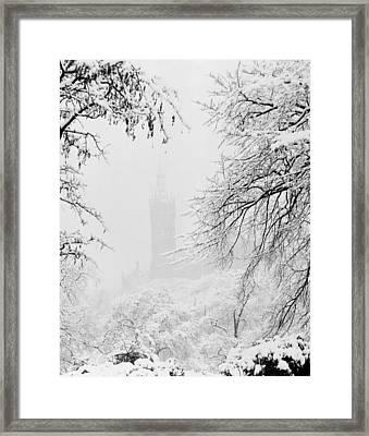 Kelvingrove Park In The Snow, 1955 Framed Print