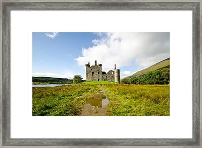 Kilchurn Castle 2 Framed Print by Chris Thaxter