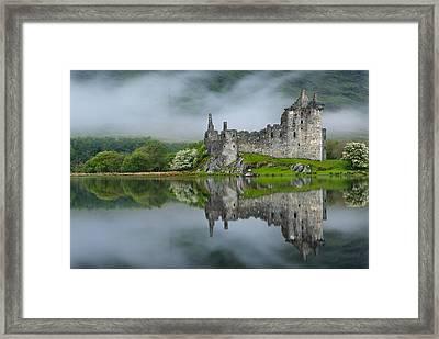 Kilchurn Castle At Dawn Framed Print by David Ross