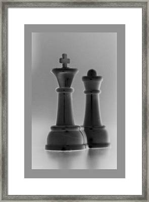 King And Queen In Black And Gray Framed Print by Rob Hans