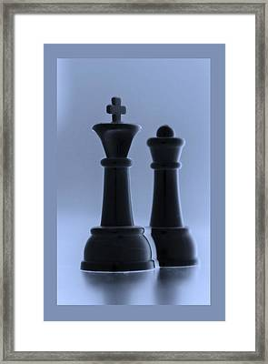 King And Queen In Cyan Framed Print by Rob Hans