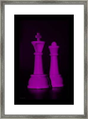 King And Queen In Pink Framed Print by Rob Hans