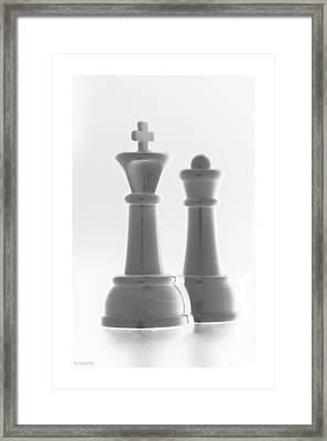 King And Queen In Pure White Framed Print by Rob Hans