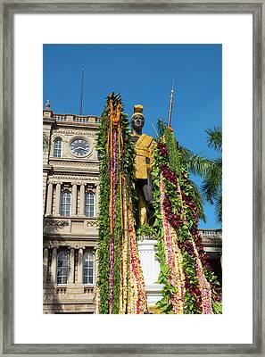 King Kamehameha Statue With Lei Framed Print