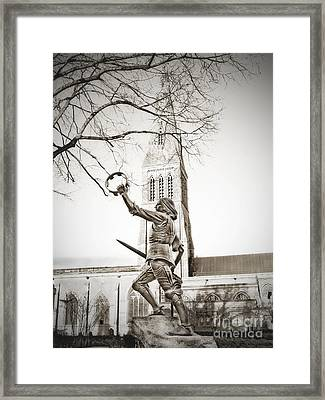 King Richard Framed Print by Linsey Williams