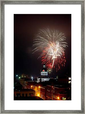 Kingston New Years Eve Fireworks Framed Print by Paul Wash