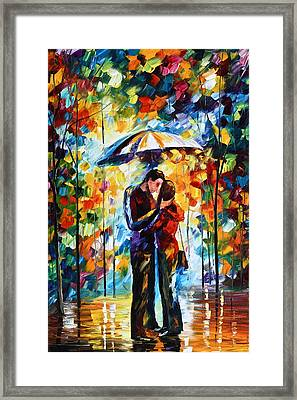 Kiss Under The Rain 2 Framed Print