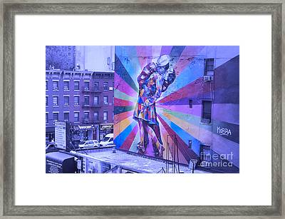 Kissing In Nyc Framed Print