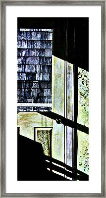 Kitchen Door At Alice Brock's Framed Print by Mike McCool
