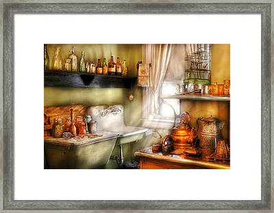 Kitchen - Momma's Kitchen  Framed Print by Mike Savad