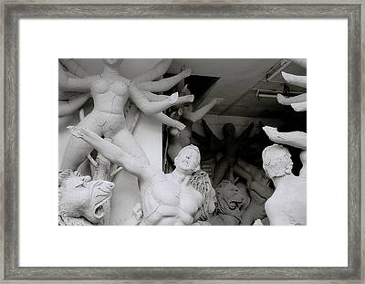Art Of Kumartuli Framed Print by Shaun Higson