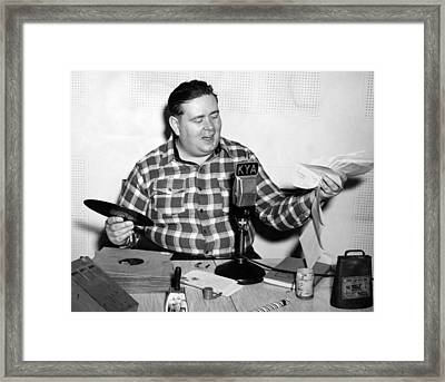 Kya Host cowboy Bob Framed Print by Underwood Archives