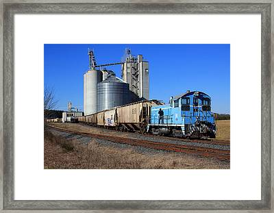 L And C Six Pack 4 Framed Print by Joseph C Hinson Photography