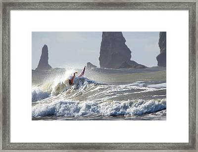 La Push Pummel And Sea Stacks Framed Print by Gary Luhm