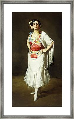 La Reina Mora Framed Print by Robert Henri