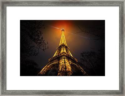La Tour Eiffel Framed Print by Clemens Geiger