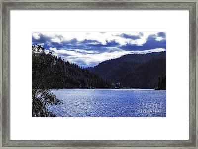 Lakeside Living Framed Print