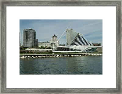 Lakeview Of Milwaukee Art Museum Framed Print by Devinder Sangha