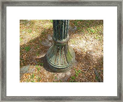 Framed Print featuring the photograph Lamp Post by Beth Vincent