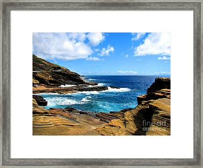 Lanai Scenic Lookout Framed Print