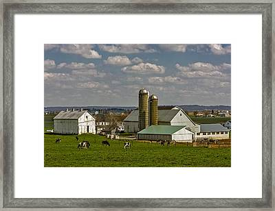 Lancaster Pennsylvania Farms Framed Print by Susan Candelario