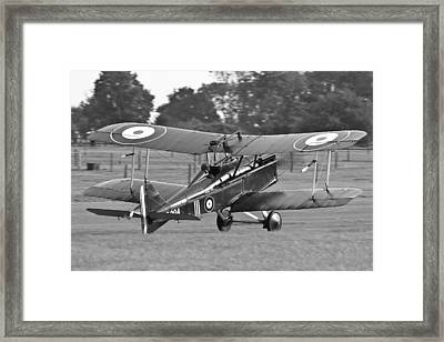 Landing Se5a Framed Print by Ian Collins