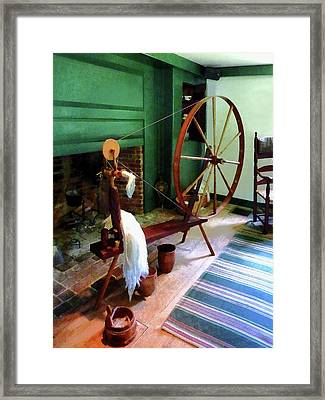 Large Spinning Wheel Framed Print by Susan Savad
