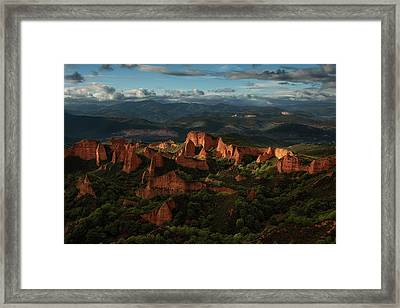 Las Ma?dulas Framed Print