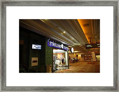 Las Vegas - Mandalay Bay - 12121 Framed Print by DC Photographer