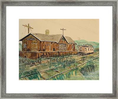 Last Chance Framed Print by David Neace