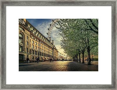 Last Daylights At The London Eye Framed Print
