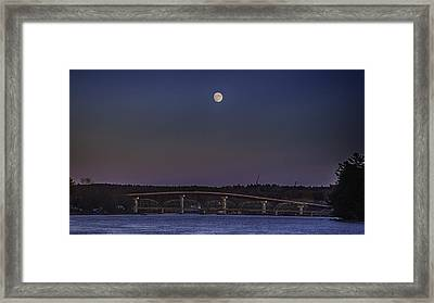 Framed Print featuring the photograph Last Moon Rise by David Hufstader