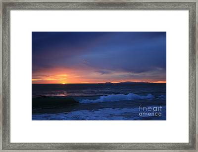 Last Ray Of Sunlight At Pt Mugu With Wave Framed Print by Ian Donley