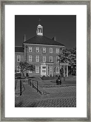 Lawyers Mall Bw Framed Print by Susan Candelario