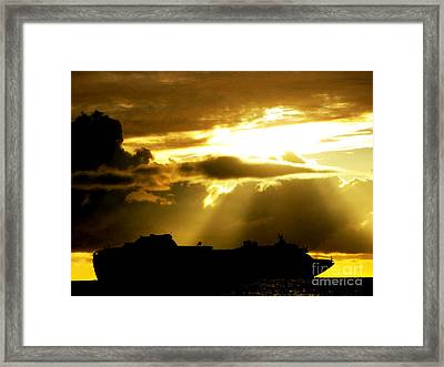 Framed Print featuring the photograph Leaving Kona by David Lawson