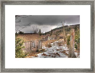 Leconte Lodge Framed Print