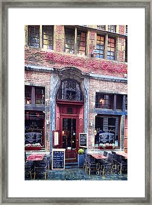 Les Chapeliers Framed Print