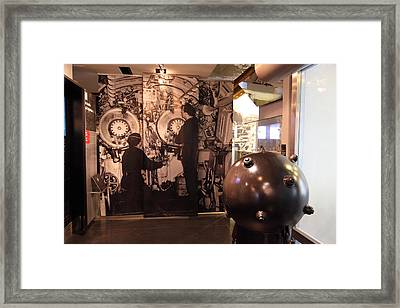Les Invalides - Paris France - 011339 Framed Print
